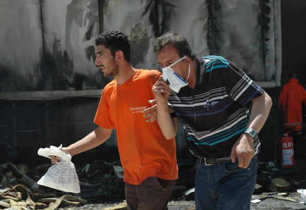Konyada fabrika yangını 14