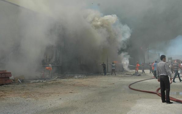 Konyada fabrika yangını 2