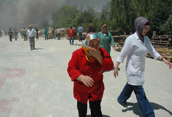 Konyada fabrika yangını 4