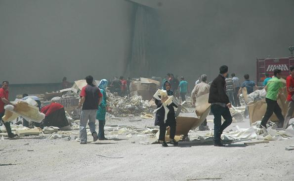 Konyada fabrika yangını 6