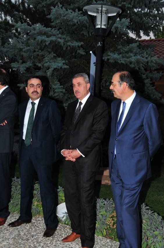 Konyalılar iftarda Ankarada buluştu 21