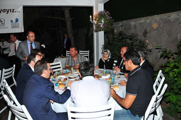 Konyalılar iftarda Ankarada buluştu 29