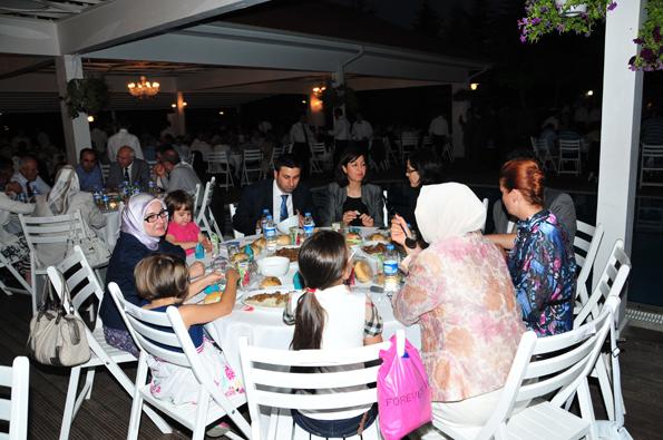 Konyalılar iftarda Ankarada buluştu 32