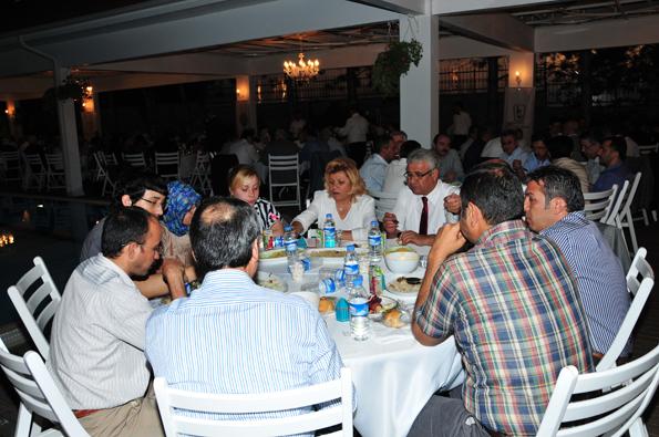 Konyalılar iftarda Ankarada buluştu 42