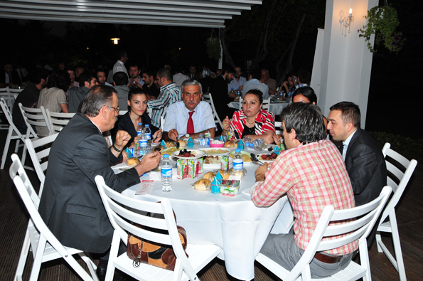Konyalılar iftarda Ankarada buluştu 45