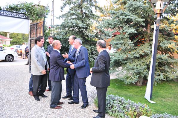 Konyalılar iftarda Ankarada buluştu 7