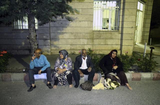 İranda deprem 1