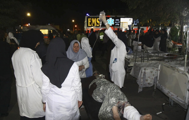 İranda deprem 4