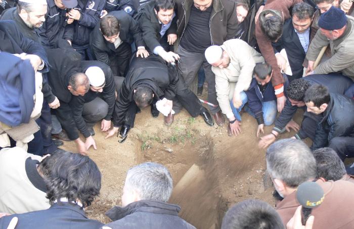 Tahir Büyükkörükçü Hocaefendi cenazesi 14