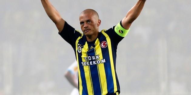 Süper Ligin en çok kazanan 10 futolcusu 4
