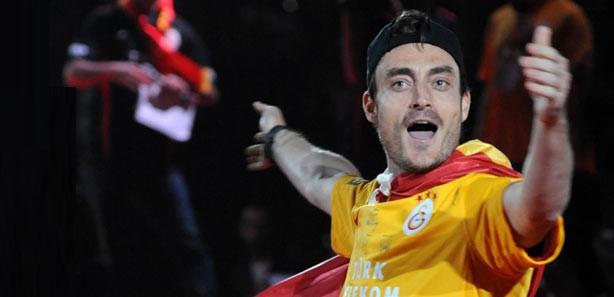 Süper Ligin en çok kazanan 10 futolcusu 6