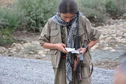 Kadın PKKlının şoke eden görüntüsü! 2