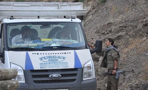 Kadın PKKlının şoke eden görüntüsü! 3