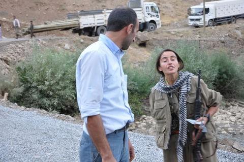 Kadın PKKlının şoke eden görüntüsü! 4
