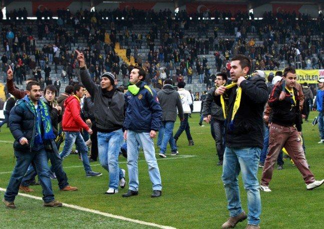 Ankaragücü - Torku Konyaspor maçında olay 15