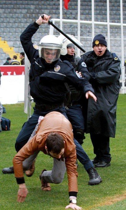 Ankaragücü - Torku Konyaspor maçında olay 5