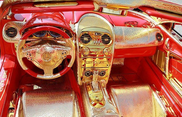 Altın kaplama Mercedesin müthiş özelliği 2