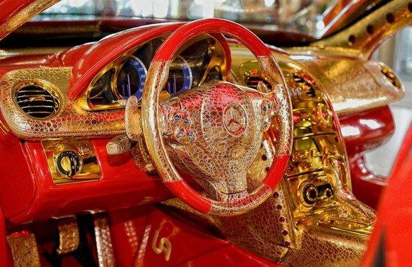 Altın kaplama Mercedesin müthiş özelliği 4