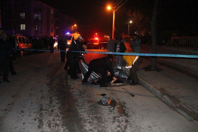 Konyada trafik kazası: 1 ölü, 1 yaralı 1