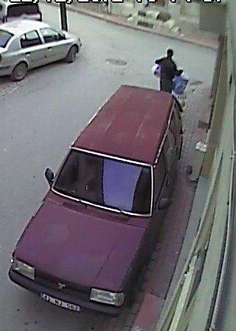 Hırsızlar ne bulursa çalmış! 1