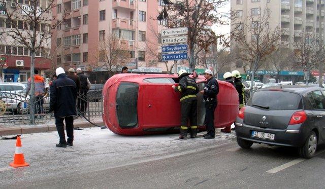 Konyada trafik kazası: 3 yaralı 4