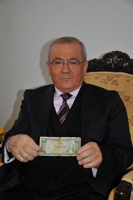Dışişleri Bakanı Davutoğluna sürpriz 1