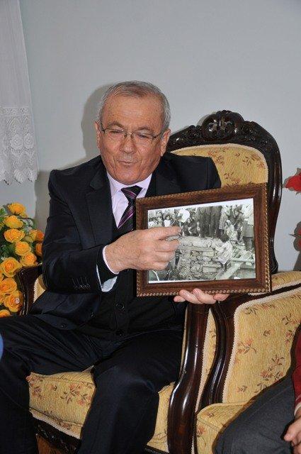 Dışişleri Bakanı Davutoğluna sürpriz 4