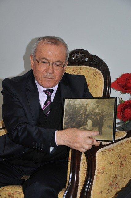 Dışişleri Bakanı Davutoğluna sürpriz 6