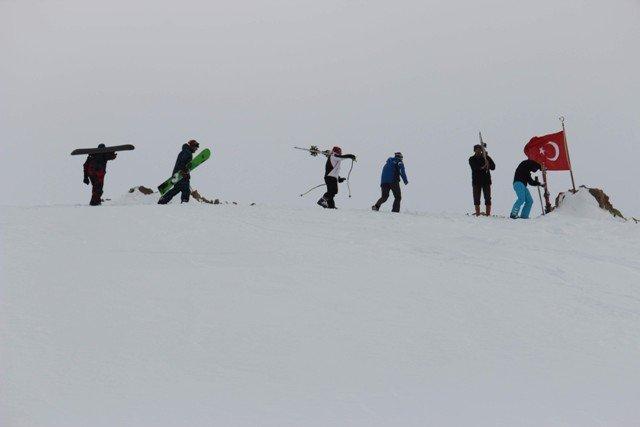 Konya Aladağda kayak şov 6