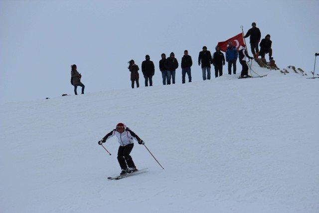 Konya Aladağda kayak şov 7