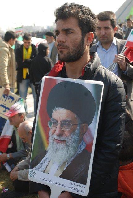 Ahmedinejadın yerine kim gelecek? 6