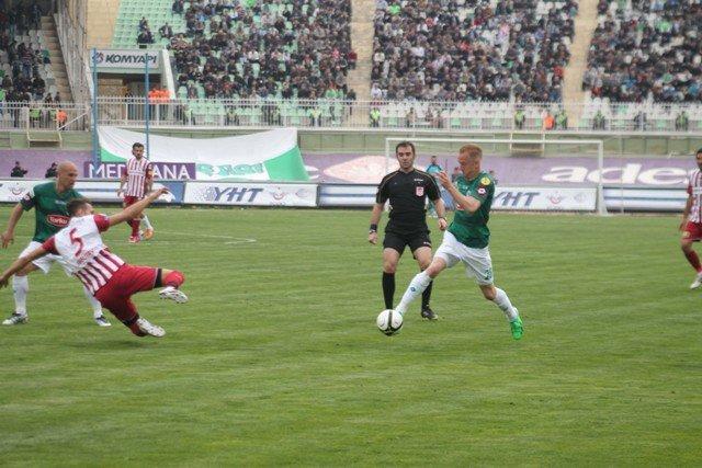 Konyaspor dört köşe! 2