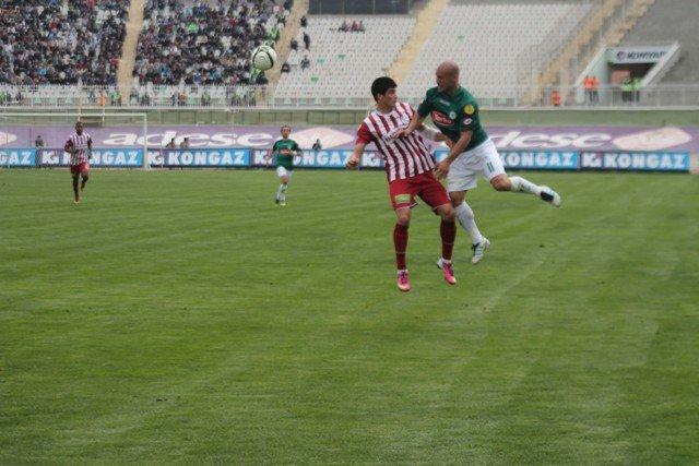 Konyaspor dört köşe! 5
