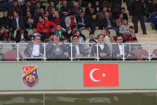 Konyaspor dört köşe! 7