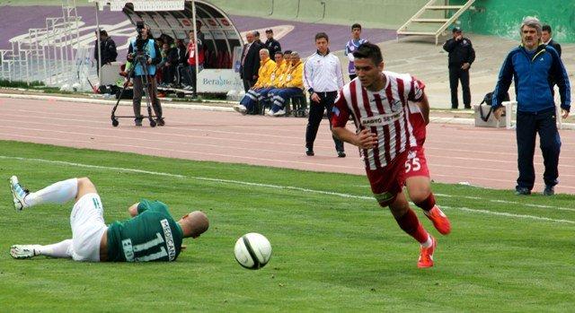 Konyaspor dört köşe! 9