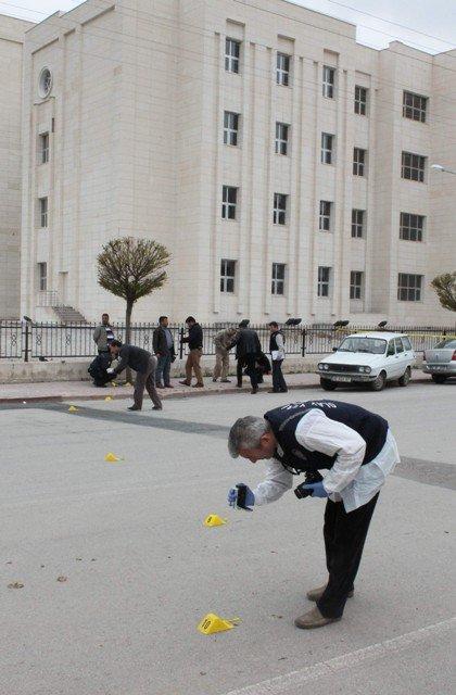 Dava çıkışı silahlı kavga: 4 yaralı 4
