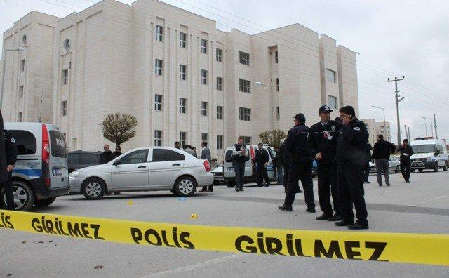 Dava çıkışı silahlı kavga: 4 yaralı 5