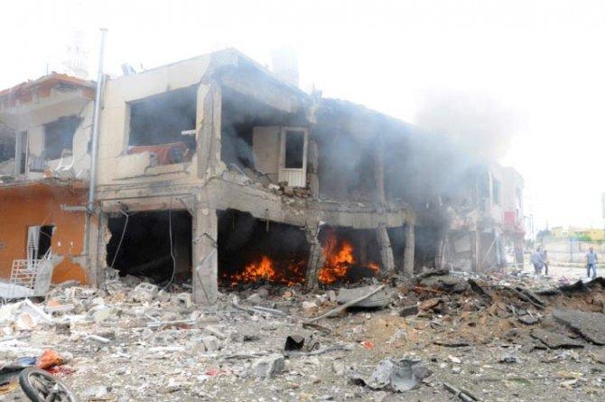 Reyhanlıda bomba yüklü araçla saldırı 10