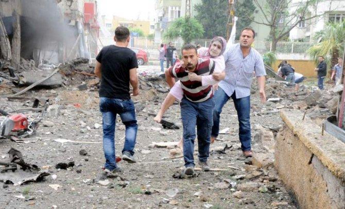 Reyhanlıda bomba yüklü araçla saldırı 11