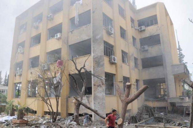 Reyhanlıda bomba yüklü araçla saldırı 13