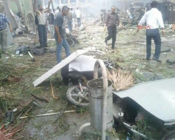 Reyhanlıda bomba yüklü araçla saldırı 5