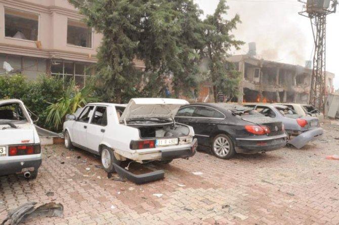 Reyhanlıda bomba yüklü araçla saldırı 7
