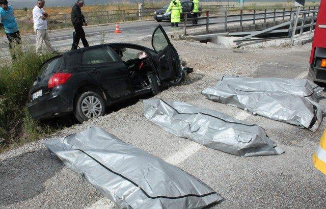 Konyada feci kaza: 4 ölü 2