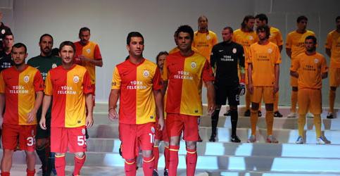 Galatasarayın yeni formaları 3