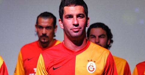 Galatasarayın yeni formaları 4