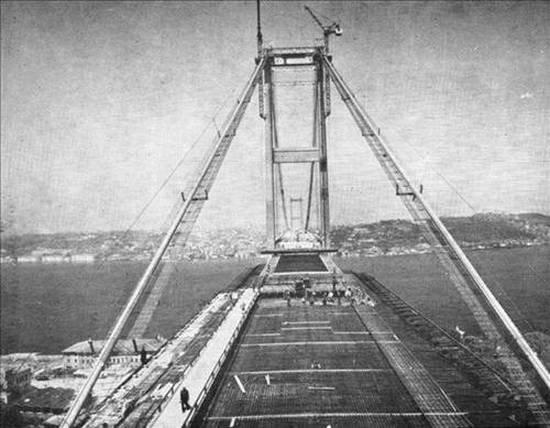Boğaziçi Köprüsünün yapılış hikayesi 11