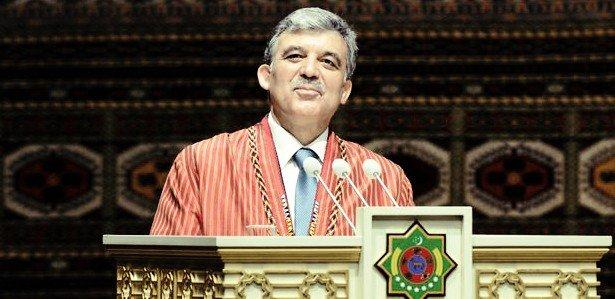 Güle Türkmenistanın en büyük devlet nişanı 13