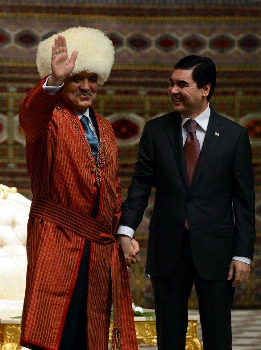 Güle Türkmenistanın en büyük devlet nişanı 3
