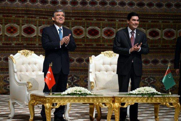 Güle Türkmenistanın en büyük devlet nişanı 6