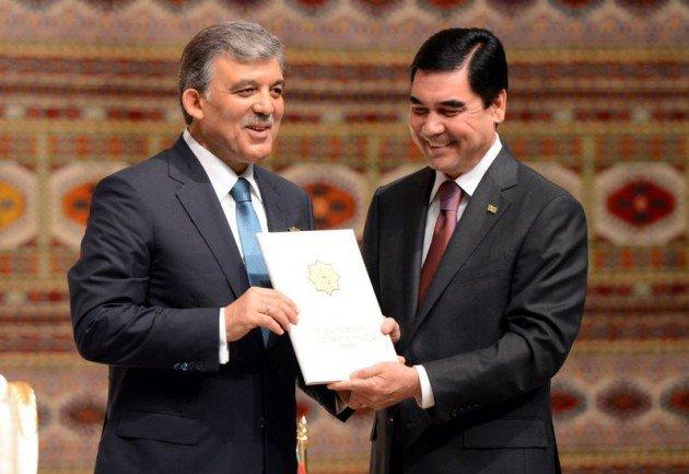 Güle Türkmenistanın en büyük devlet nişanı 7